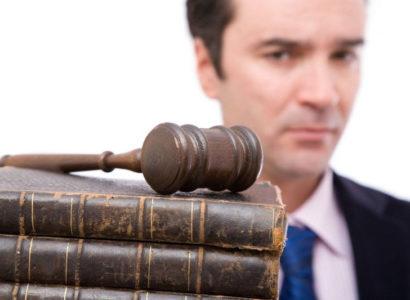 Comment trouver un avocat