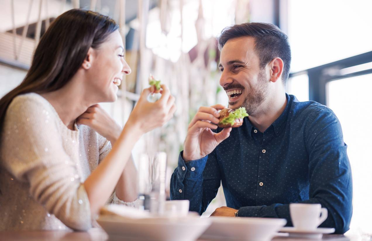 site de rencontres couple amoureux restaurant