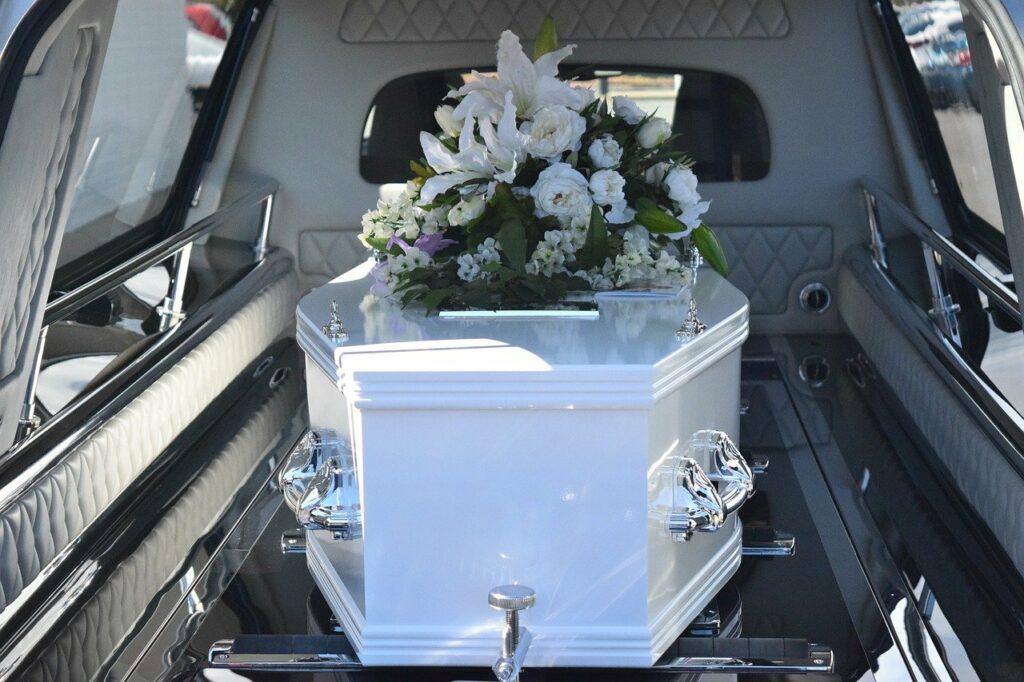 une cérémonie funéraire sur mesure